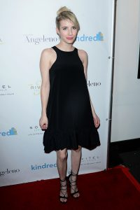 Emma Roberts in Cynthia Rowley dress