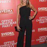 Jennifer Anniston, Office Christmas Party Screening, New York City