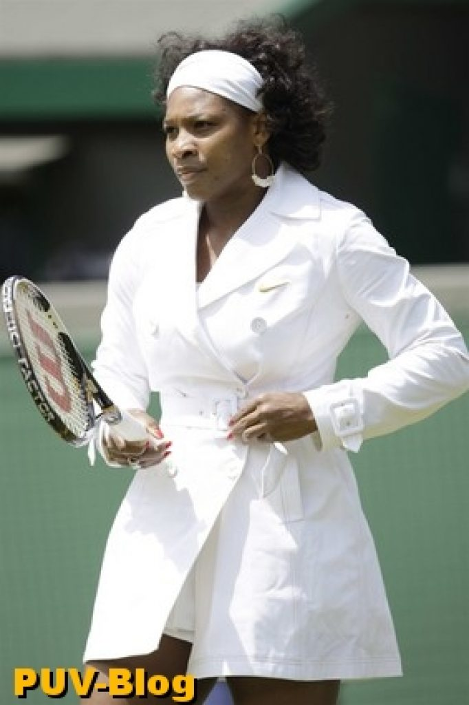 serena-williams-white-coat