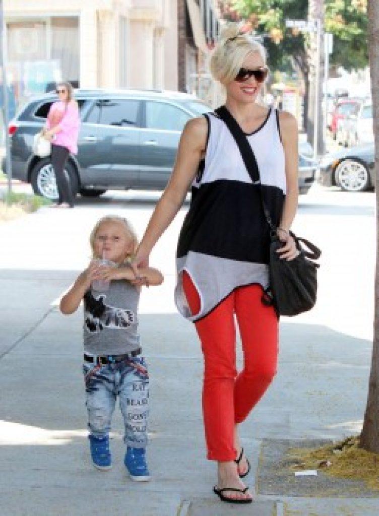Gwen Stefani flipable shirt
