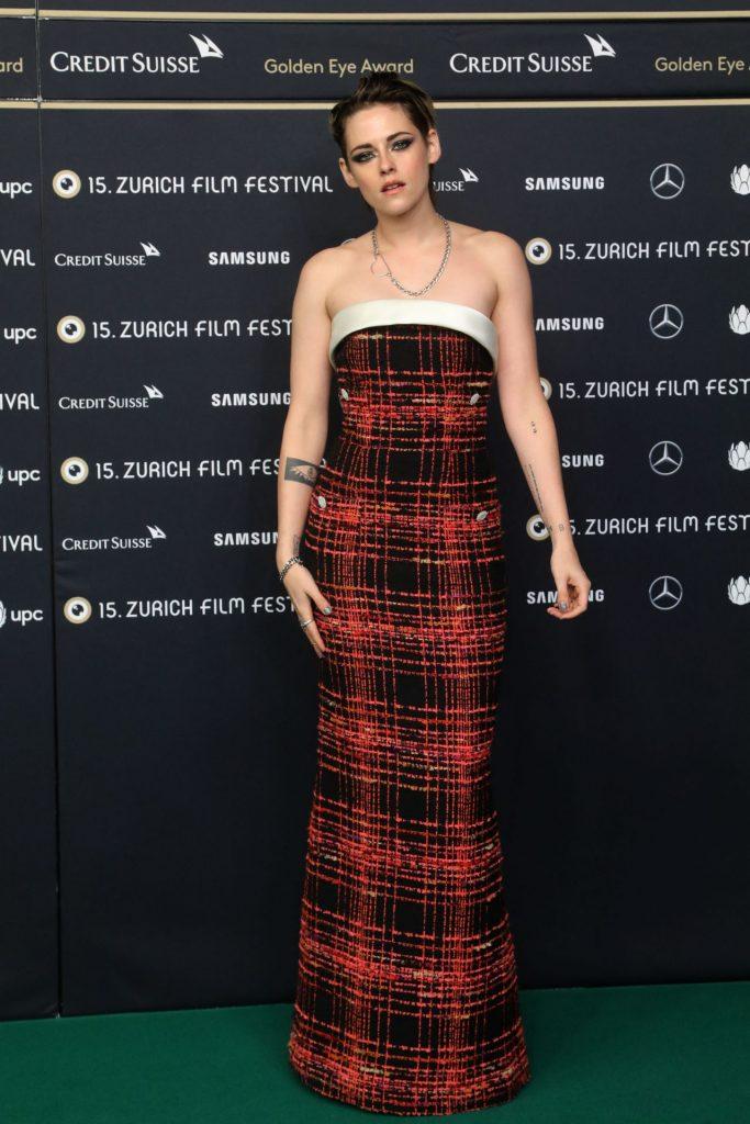 Celebrity Fashion, Fall Plaid Trend, Kristen Stewart