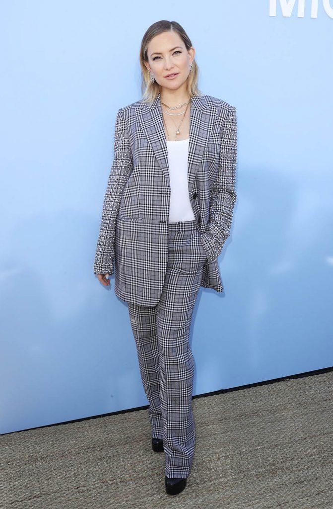 Celebrity Fashion, Fall Plaid Trend, Kate Hudson