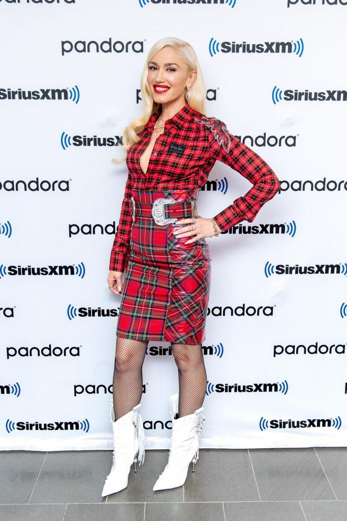 Celebrity Fashion, Fall Plaid Trend, Gwen Stefani, plaid shirt, plaid skirt