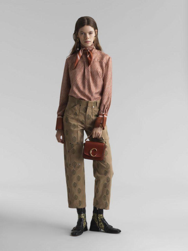 Florence Pugh, Chloe pants