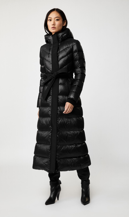 oversized puffer jacket, oversized, long puffer coat, puffer, designer puffer jacket, winter coats, celebrity winter coats