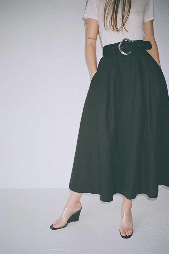 black skirt white top, mara hoffman, skirt outfit, tulay